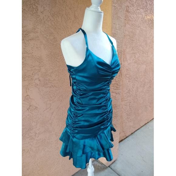 Jessica McClintock Dresses & Skirts - Jessica McClintock   halter satin prom dress